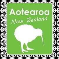 Aotearora New Zealand  Book 806379