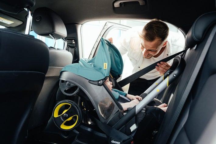 Doona Car Seat & Base - Grey Hound 807761