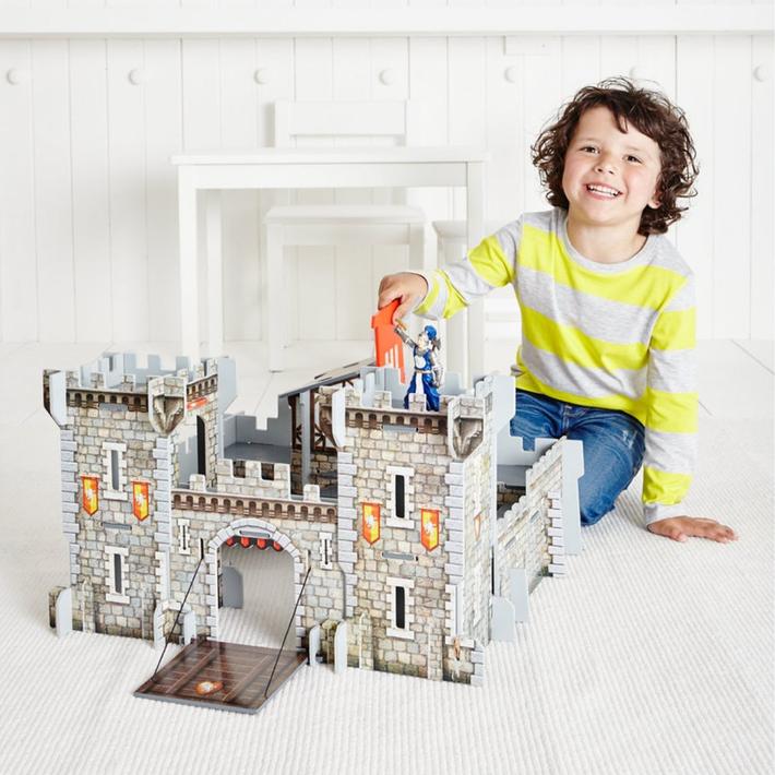 ELC Wooden Castle 802833