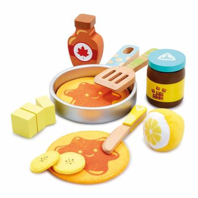 ELC Wooden Pancake Set 807518